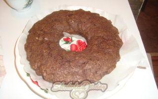 Два рецепта шоколадного брауни: с вишней и с мороженым