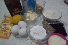 Бисквит с кусочками шоколада. Ингредиенты.