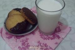 Фото 2: Песочное шоколадное печенье с арахисом и апельсиновой цедрой.