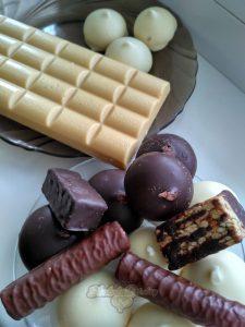Белый шоколад. Конфеты.