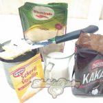 Фото 7. Бисквит с кусочками шоколада. Ингредиенты для глазури.