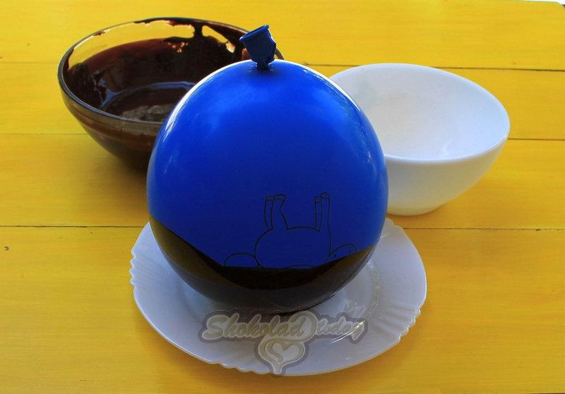 Фото chasha iz shokolada so svezhej klubnikoj 01.