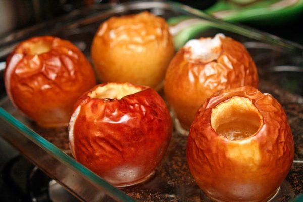 Фото запечь яблоки в микроволновке в виде пирога20.