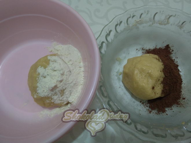 Фото pesochnoe dvuhtsvetnoe pechene s kakao i limonnoj tsedroj zavitushka 03.