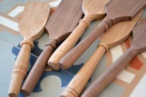 Фото Деревянная лопаточка
