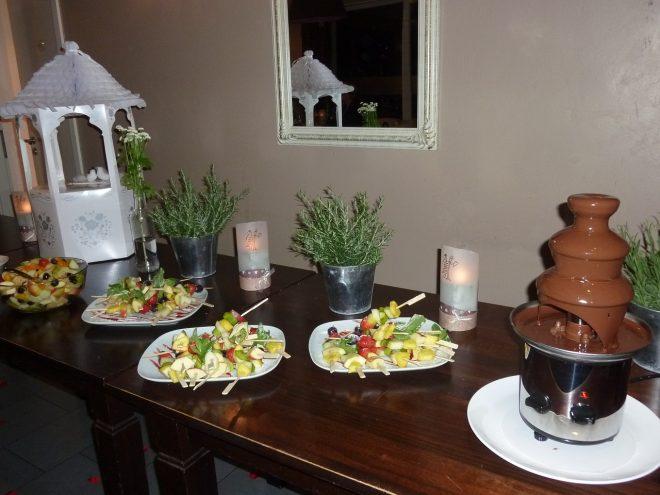 Фото chocolate fountain Шоколадный фонтан.
