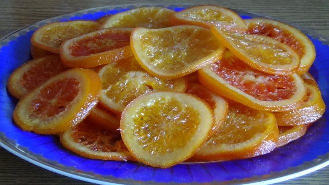 Фото порезанные апельсины.