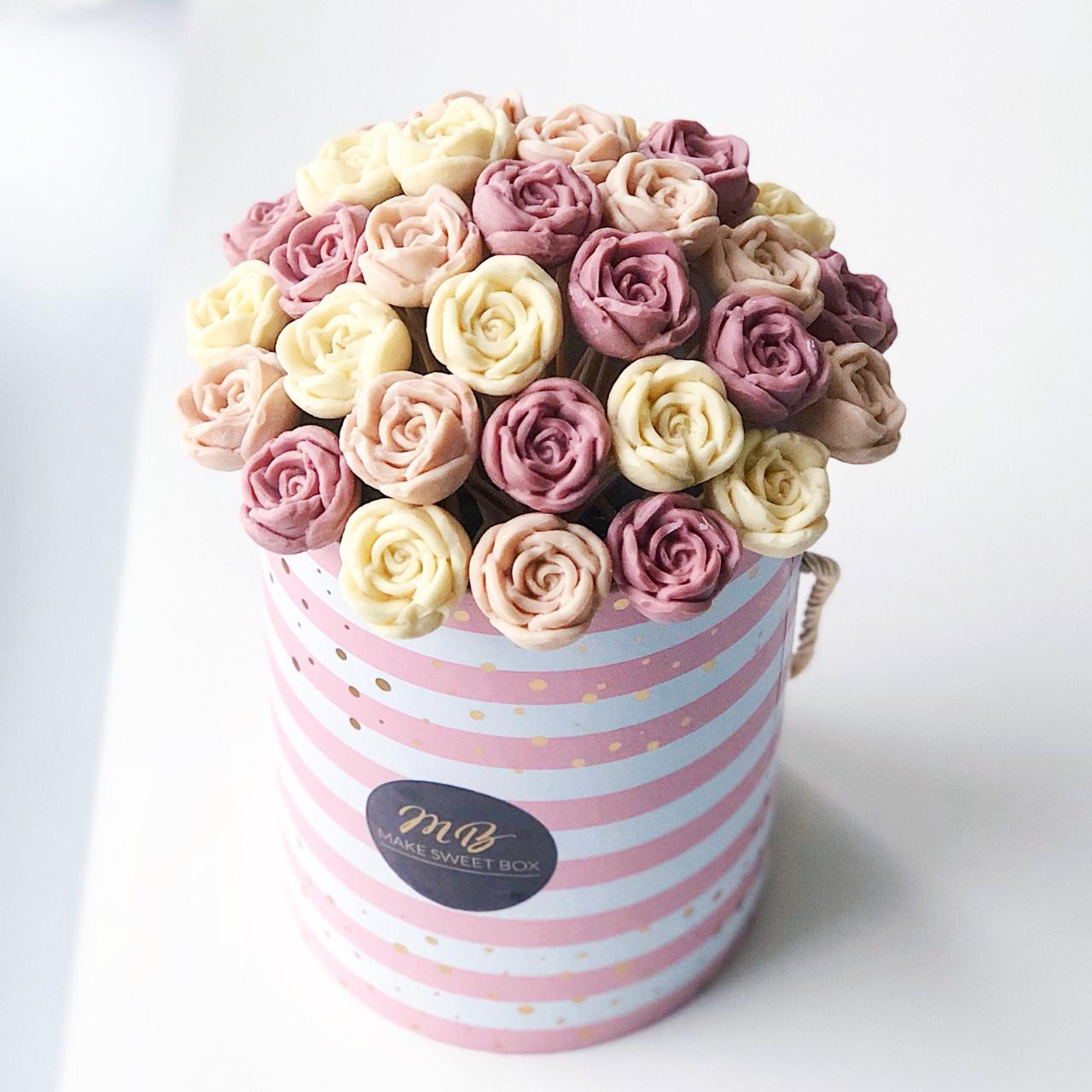 buket iz shokoladnykh roz