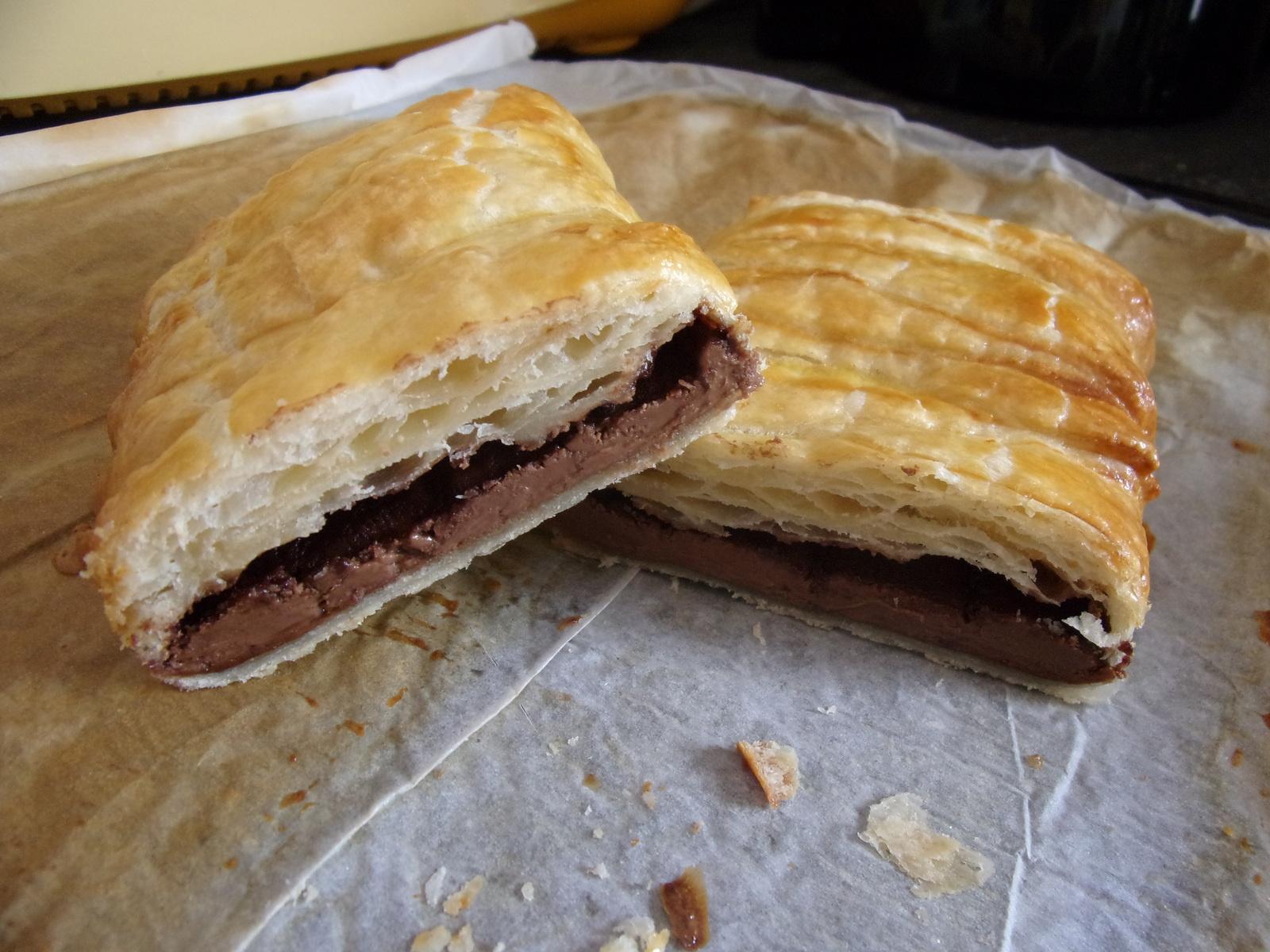 Sloyonyye konvertiki s shokoladom