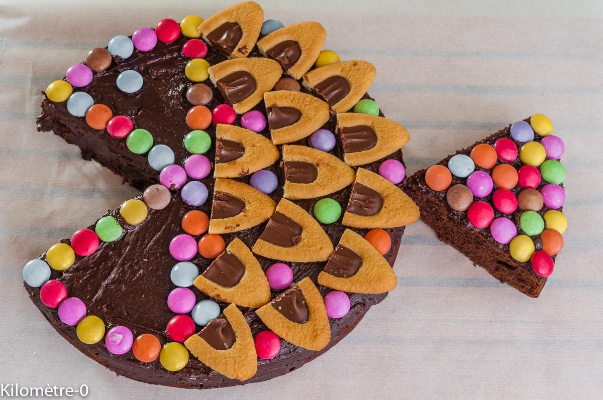 Фото tort ukrashennyj konfetami i shokoladkami 46.