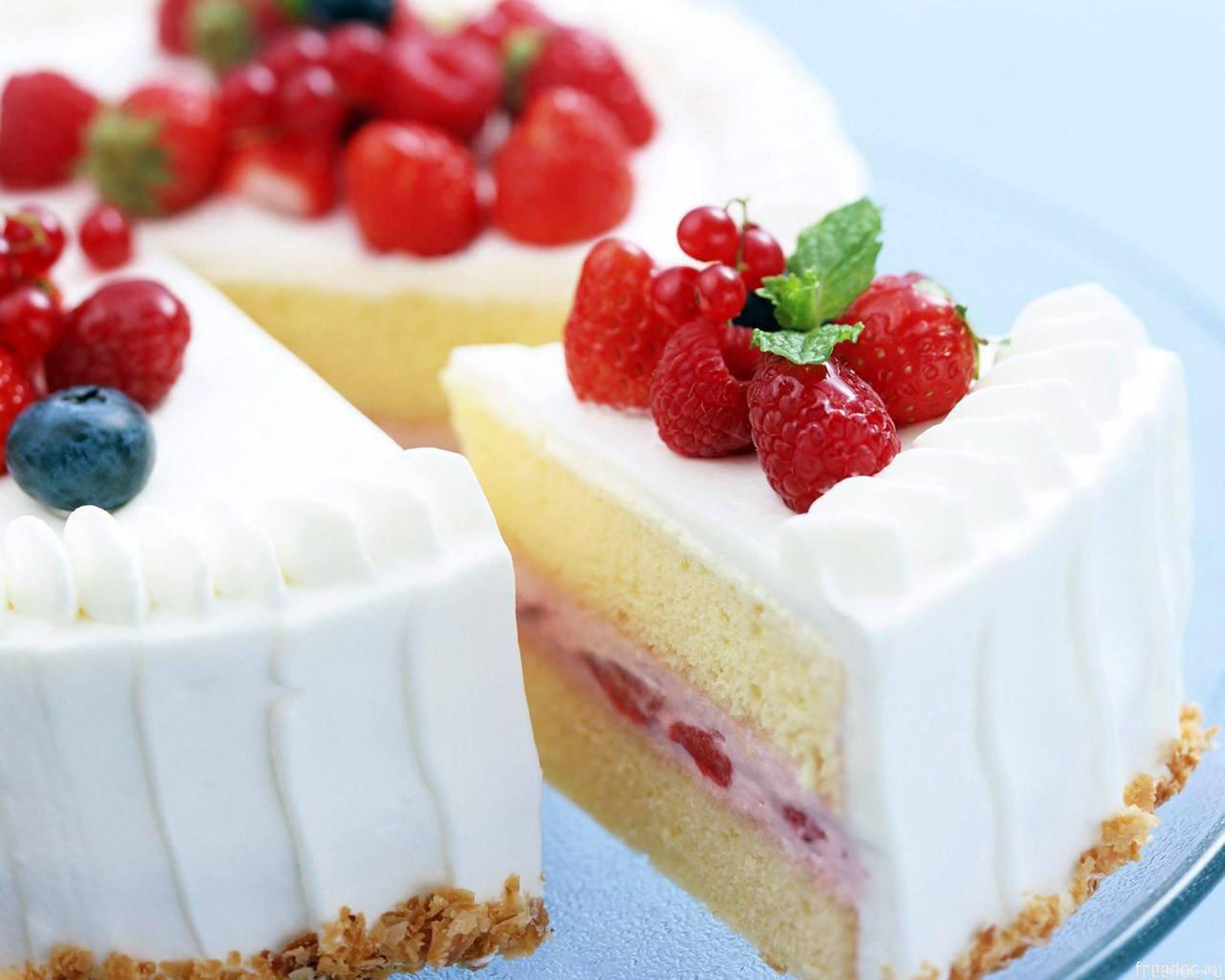 Фото tort ukrashennyj fruktami 43.