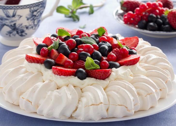 Фото tort ukrashennyj fruktami 8.