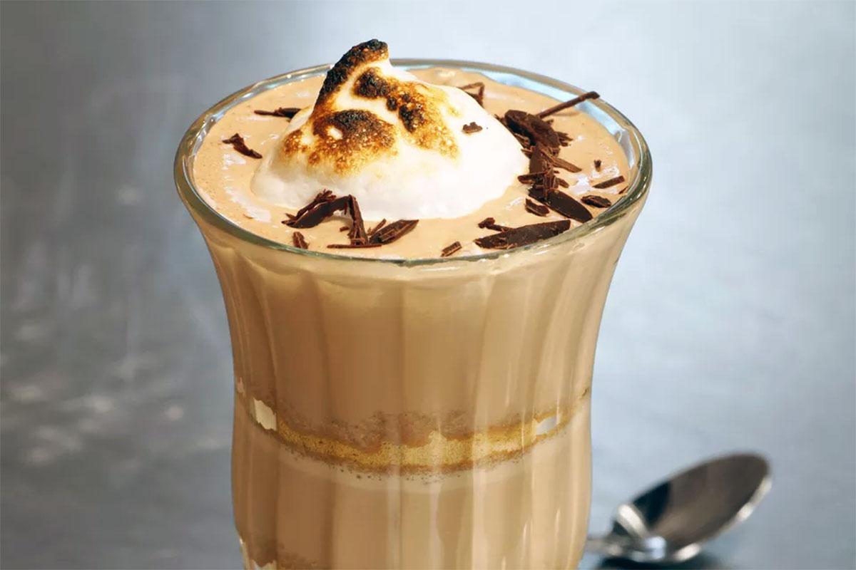 Фото молочно шоколадный напиток.