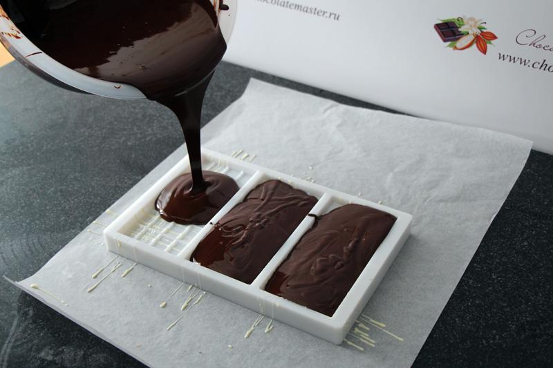 Фото Шоколад в форме.