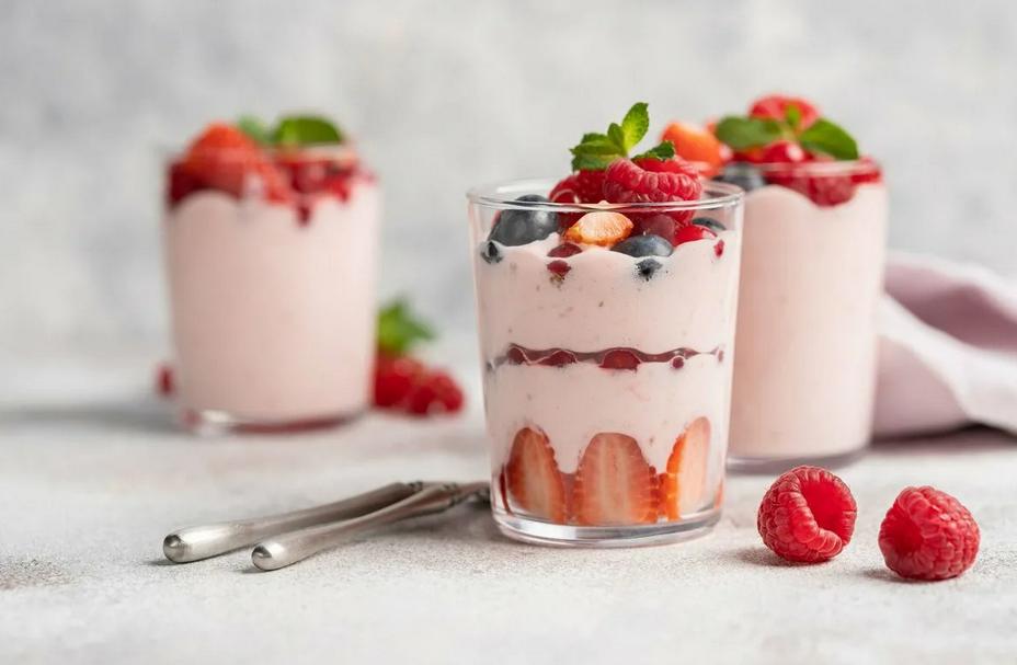 Фото Муссовые слоеные десерты.