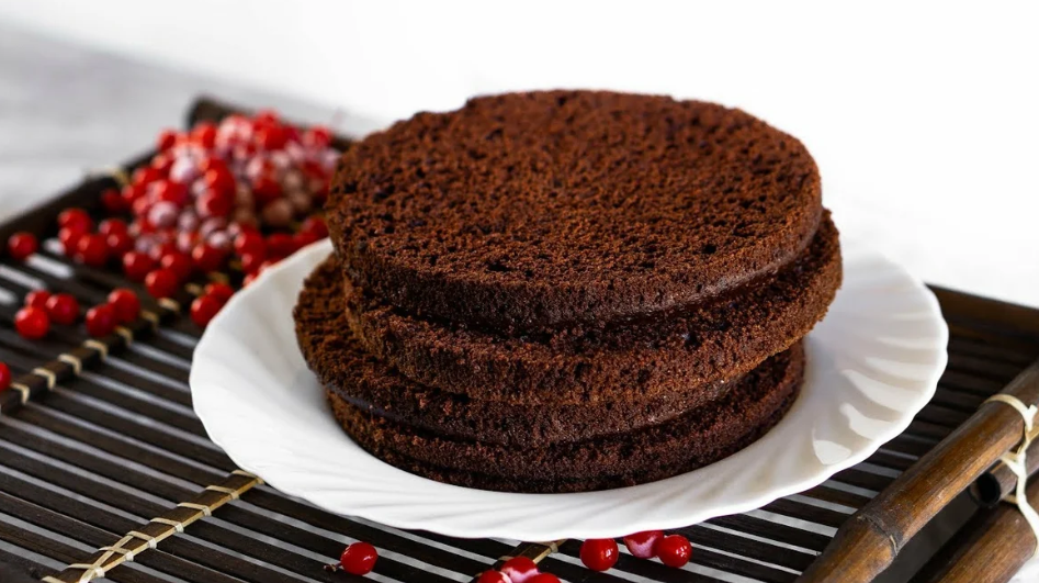 Фото бисквит шоколадный.