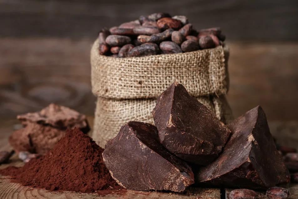 Фото какао и бобы.