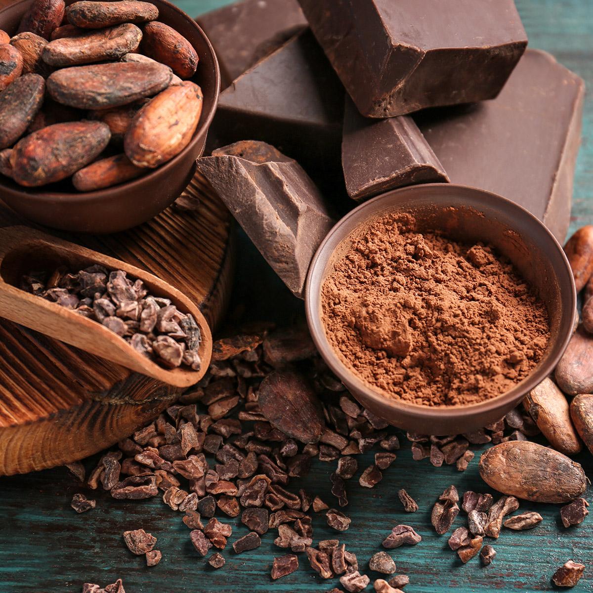 Фото какао тертое и порошок.
