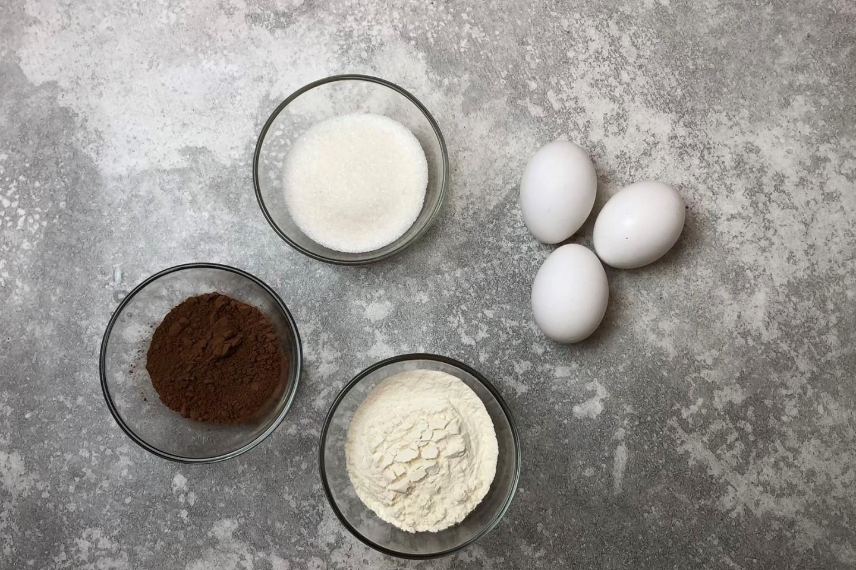 Фото продукты на бисквит.