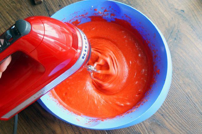 Фото приготовление ягодной глазури.