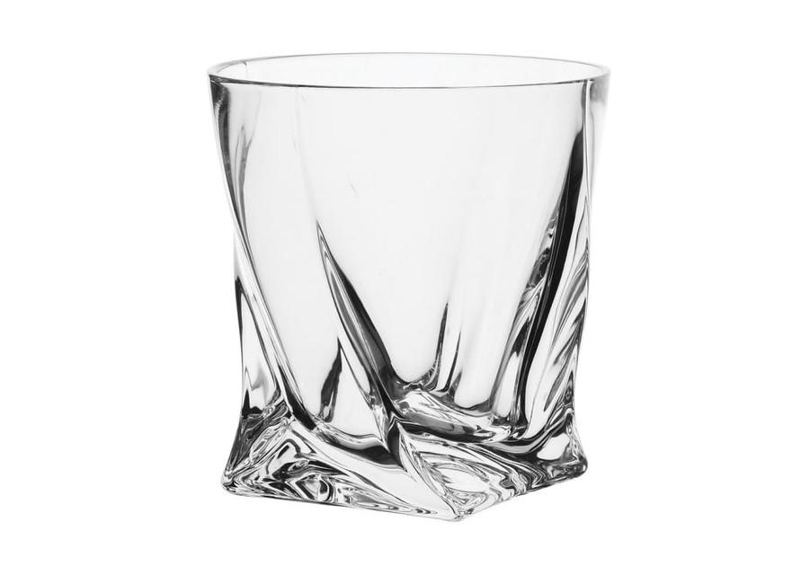 Фото Низкий широкий стакан с толстым дном.